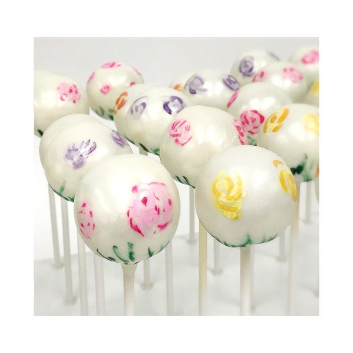 Lisa's Cakepops May Flowers